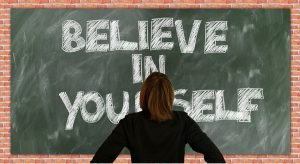 Un correcto análisis dafo de la autoconfianza sirve para ayudar a mejorar la autoconfianza. Las frases célebres sobre autoconfianza permiten calibrar la influencia de la autoconfianza en el rendimiento