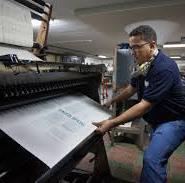 profesiones bajo amenaza en peligro de extinción oficios amenazados empleos con menos futuro artes gráficas imprenta
